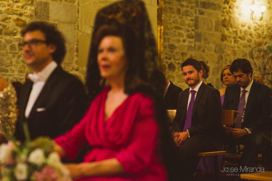 Hermano de la novia en la Iglesia de Santa Marta en una boda de fotografía de Boda en Martos