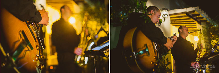 Grupo de jazz ambientado la boda en el Cortijo del Madroño en una Fotografia Boda en Martos