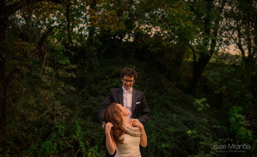 Luis y María en el bosque