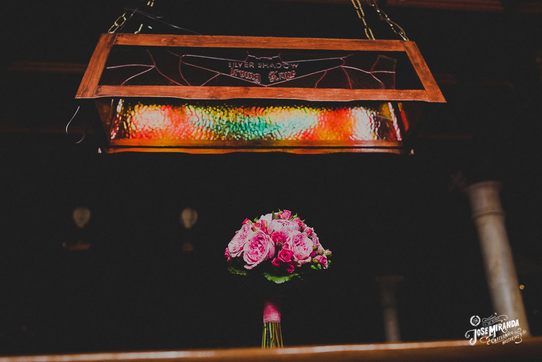 Fotografía de boda Jose Miranda en Linares ramo de novia