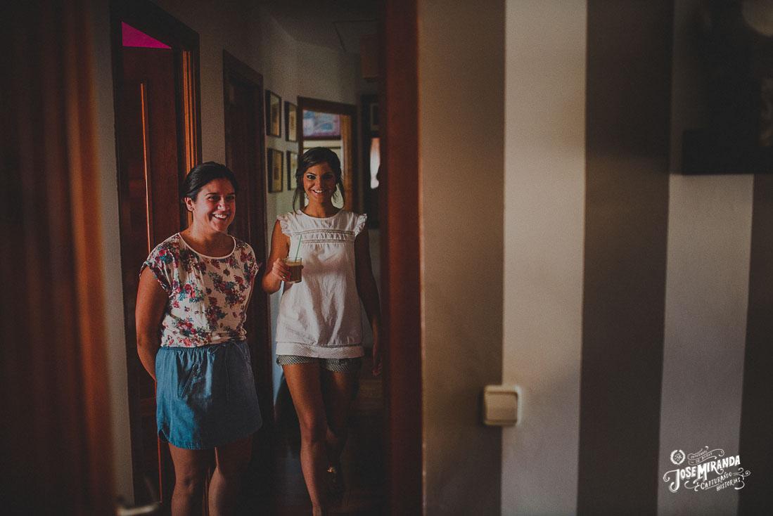 Fotografía de boda Jose Miranda en Linares las amigas de la novia