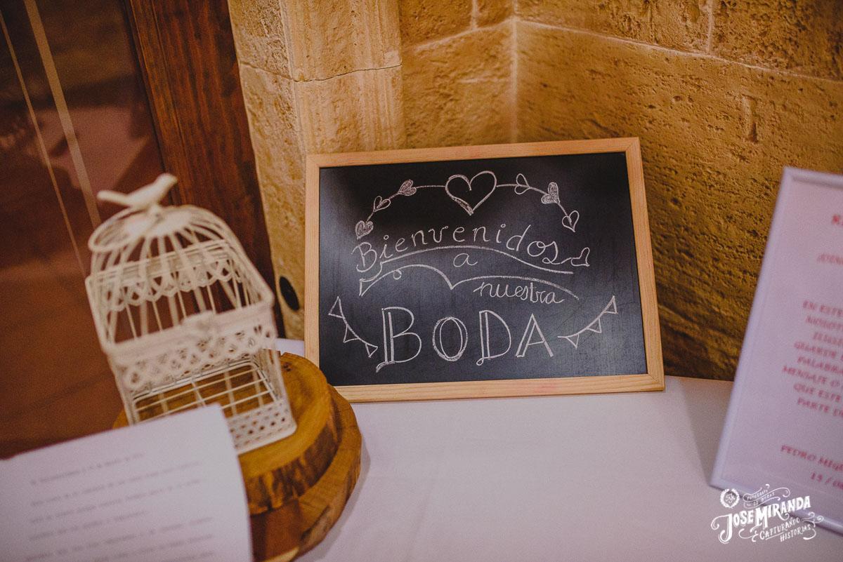 Jose Miranda fotografia detalles originales chic boda Eli y Pedro en Torredonjimeno